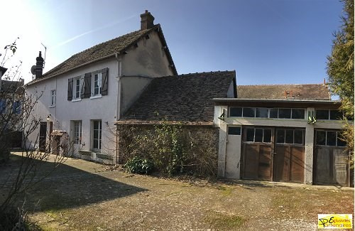 Sale house / villa Bu 220000€ - Picture 1