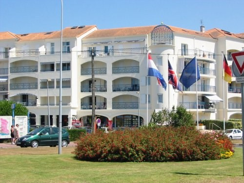 Location vacances appartement Vaux sur mer 596€ - Photo 2