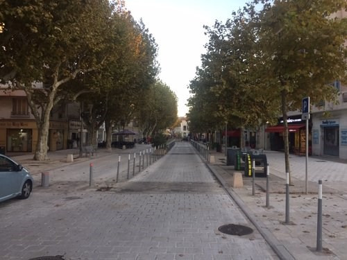 Location local commercial Martigues 550€ CC - Photo 4