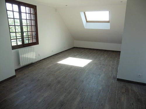 Rental apartment Houdan 680€ CC - Picture 3