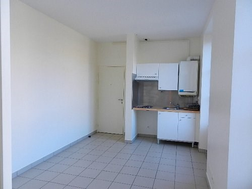 Rental apartment Bu 525€ CC - Picture 1
