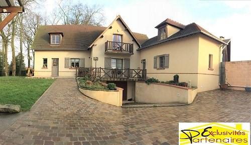 Sale house / villa Houdan 420000€ - Picture 1