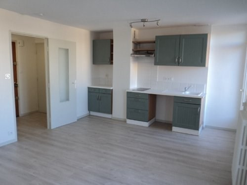 Location appartement Marignane 640€ CC - Photo 2