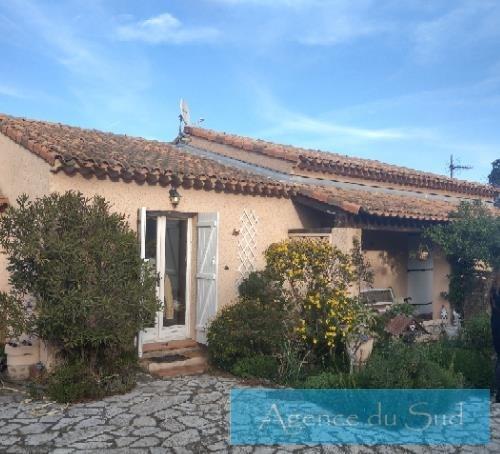Location maison / villa La ciotat 1750€ CC - Photo 1