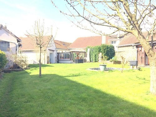 Sale house / villa Houdan 297 000€ - Picture 1