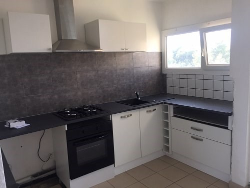 Location appartement Fos sur mer 770€ CC - Photo 4