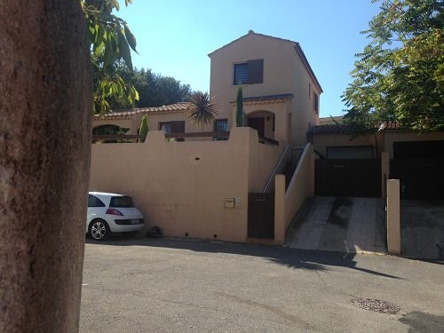 Rental house / villa Martigues 530€ CC - Picture 1