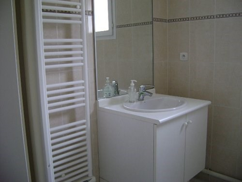 Rental apartment Martigues 943€ CC - Picture 6