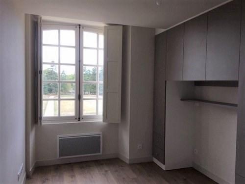 Rental apartment Bu 310€ CC - Picture 2