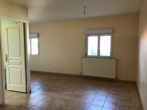 Rental apartment Bu 534€ CC - Picture 1