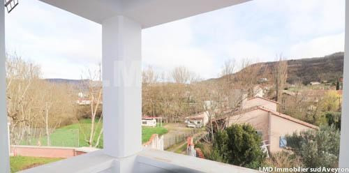 Vente maison / villa Saint-affrique 340 000€ - Photo 2
