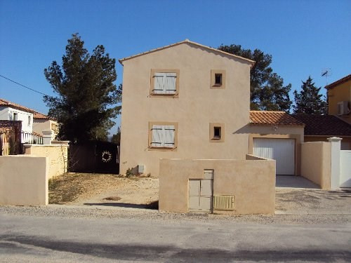 Location maison / villa Chateauneuf 1 298€ CC - Photo 1