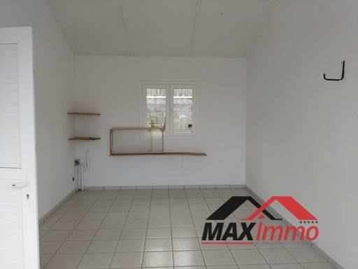 Location maison / villa Sainte marie 1 550€ CC - Photo 4