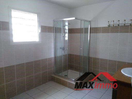 Location maison / villa Sainte marie 1 550€ CC - Photo 7