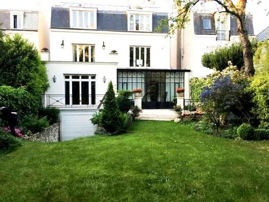 Deluxe sale house / villa Bois colombes 2150000€ - Picture 1