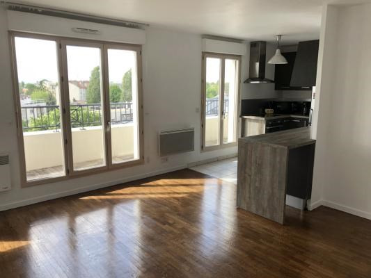 Sale apartment Le raincy 240 000€ - Picture 1