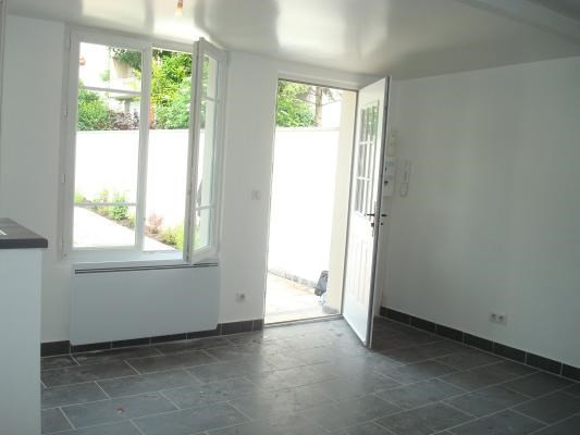 Rental apartment Gagny 610€ CC - Picture 2