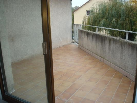 Location appartement Coubron 595€ CC - Photo 4