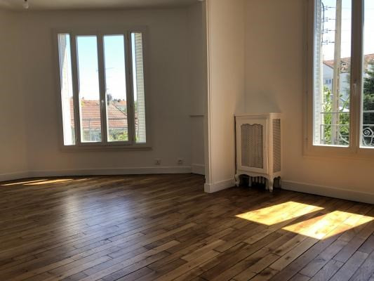 Sale apartment Bondy 128000€ - Picture 2