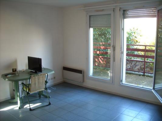 Rental apartment Livry-gargan 720€ CC - Picture 2