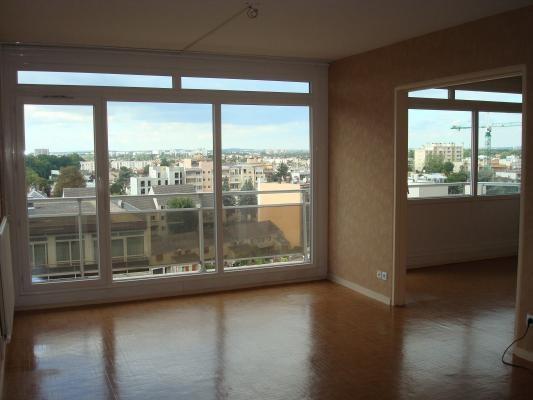 Sale apartment Livry-gargan 165000€ - Picture 2