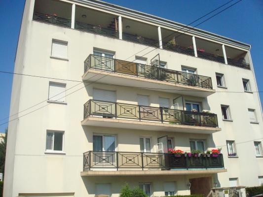 Rental apartment Les pavillons-sous-bois 630€ CC - Picture 1