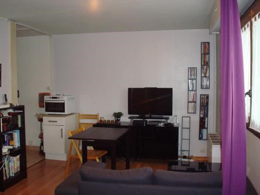 Sale apartment Villemomble 118000€ - Picture 1