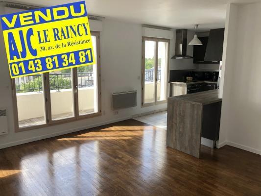 Sale apartment Le raincy 240000€ - Picture 1