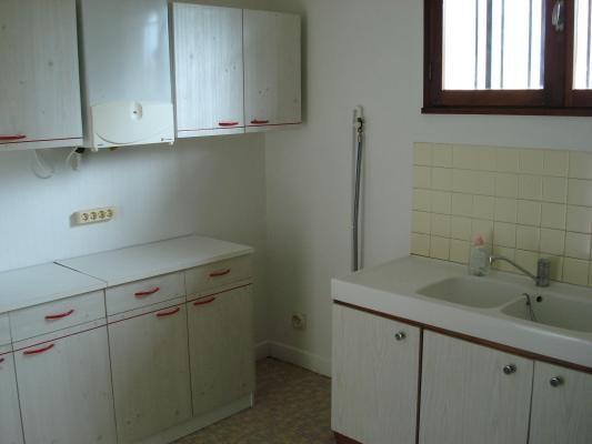 Sale house / villa Montfermeil 242000€ - Picture 3