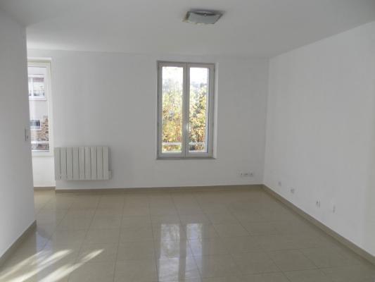Location appartement Lagny-sur-marne 730€ CC - Photo 2
