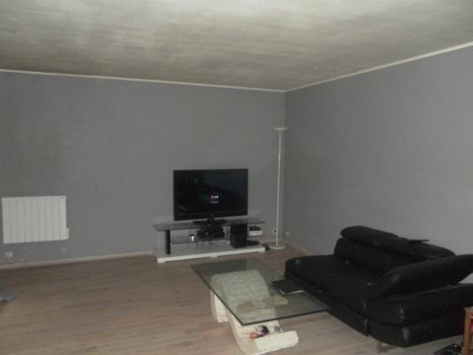 Sale apartment Clichy-sous-bois 157000€ - Picture 2