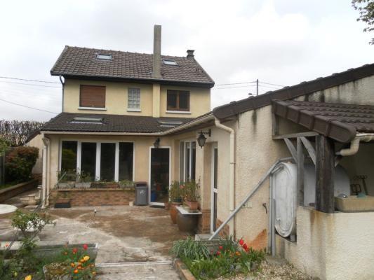 Sale house / villa Clichy-sous-bois 282000€ - Picture 1