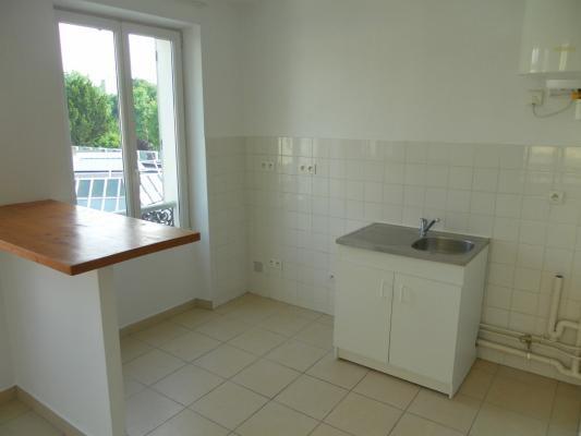 Rental apartment Lagny-sur-marne 610€ CC - Picture 3