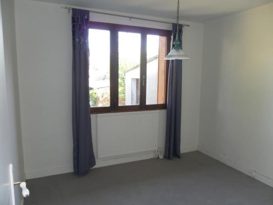 Sale house / villa Montfermeil 242000€ - Picture 4