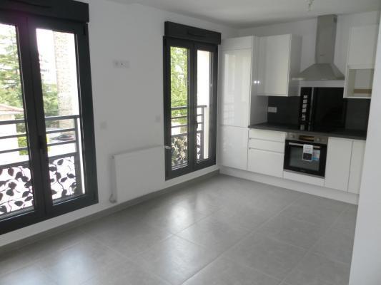 Rental apartment Le raincy 1170€ CC - Picture 5