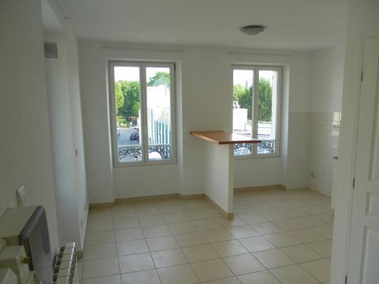 Rental apartment Lagny-sur-marne 610€ CC - Picture 2