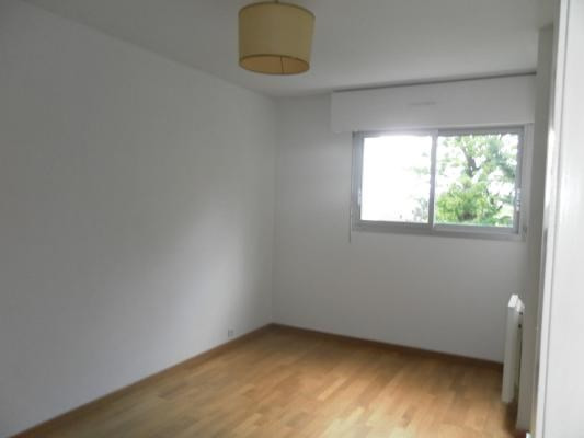 Location appartement Le raincy 930€ CC - Photo 2