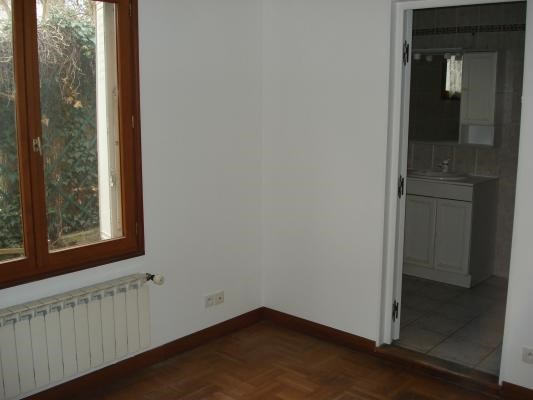 Location maison / villa Livry-gargan 1 240€ CC - Photo 7