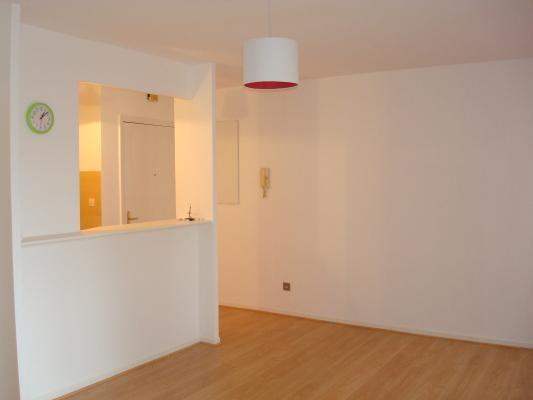 Location appartement Les pavillons-sous-bois 625€ CC - Photo 4
