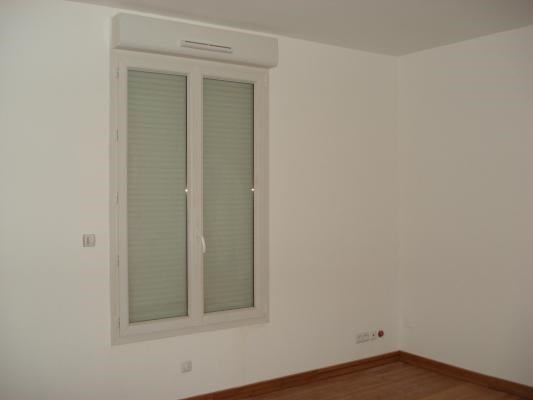 Rental apartment Bondy 830€ CC - Picture 4