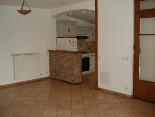 Location maison / villa Livry-gargan 1 240€ CC - Photo 2