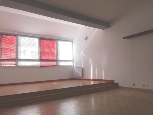 Rental apartment Le raincy 1 360€ CC - Picture 1