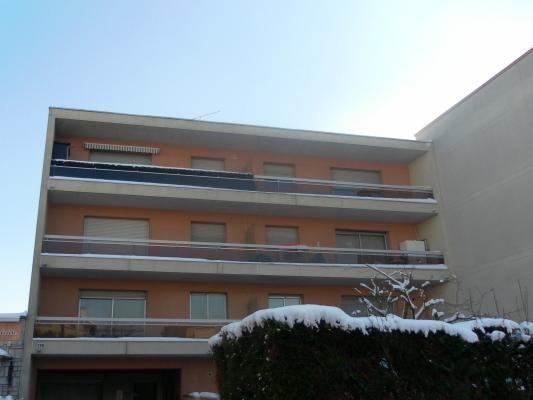 Sale apartment Clichy-sous-bois 157000€ - Picture 1
