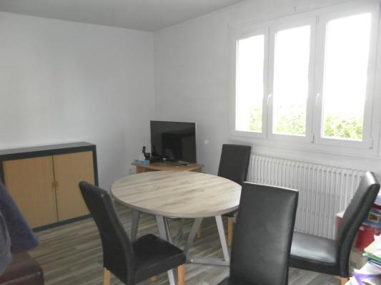 Rental apartment Le raincy 1350€ CC - Picture 1