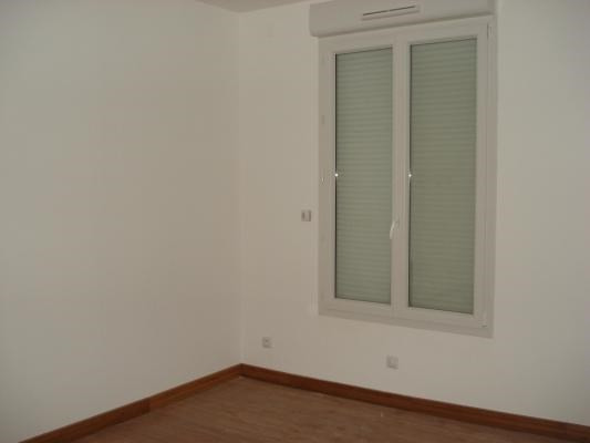 Rental apartment Bondy 830€ CC - Picture 5
