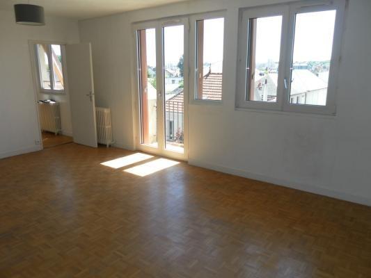Sale apartment Le raincy 220000€ - Picture 2