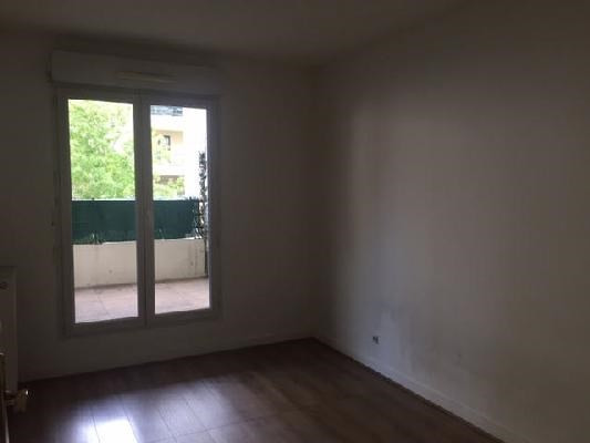Location appartement Saint-denis 1 070€ CC - Photo 6