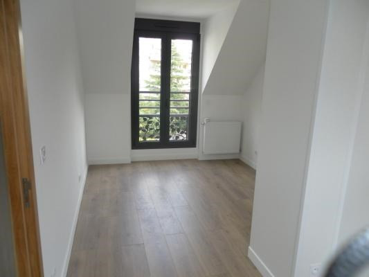 Rental apartment Le raincy 1170€ CC - Picture 2