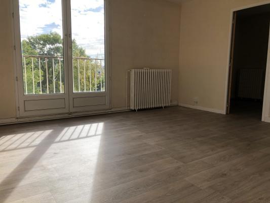 Location appartement Villemomble 835€ CC - Photo 2