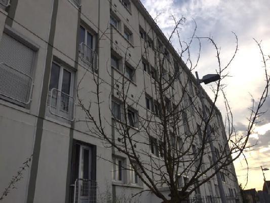 Rental apartment Clichy-sous-bois 850€ CC - Picture 1